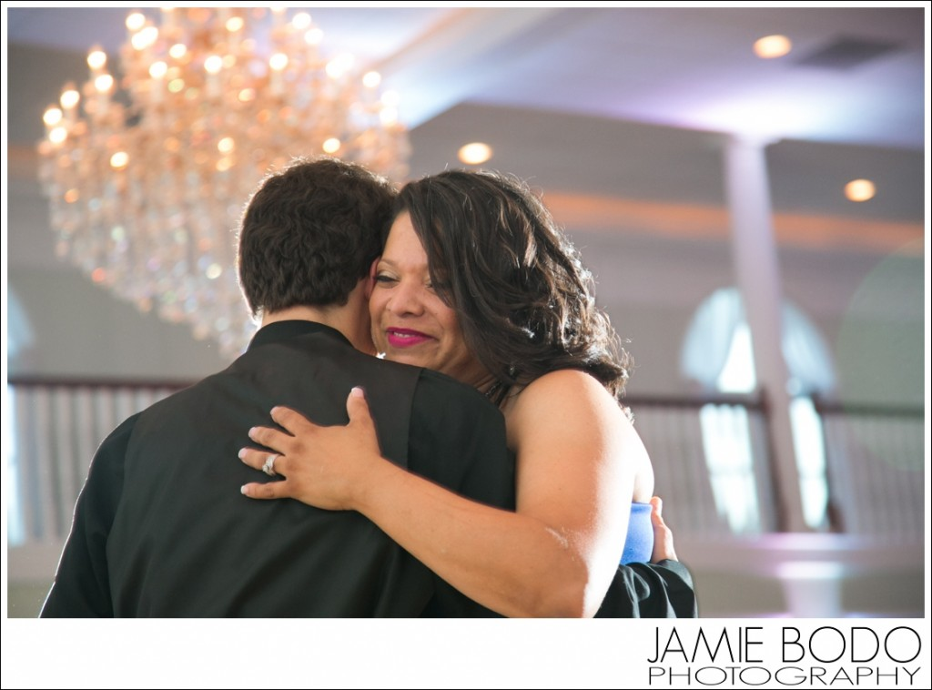 Lucien's Manor Wedding Photos by Jamie Bodo Photography