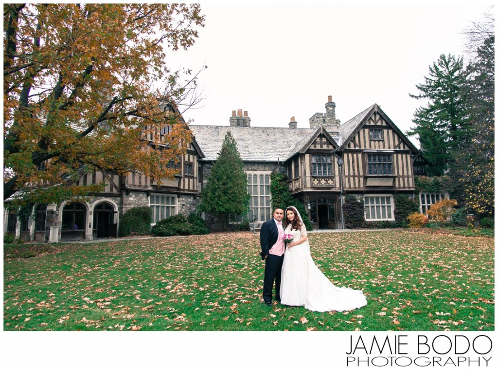 The Castle at Skylands Manor Wedding Photos_0025