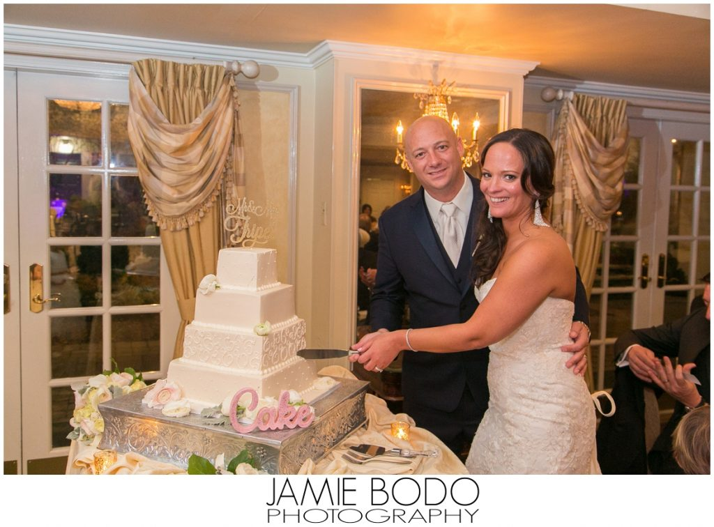Olde Mill Inn Wedding Photos_0045